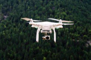 8. Force1 B2C Specter MJX Bugs 2 1080p Drone