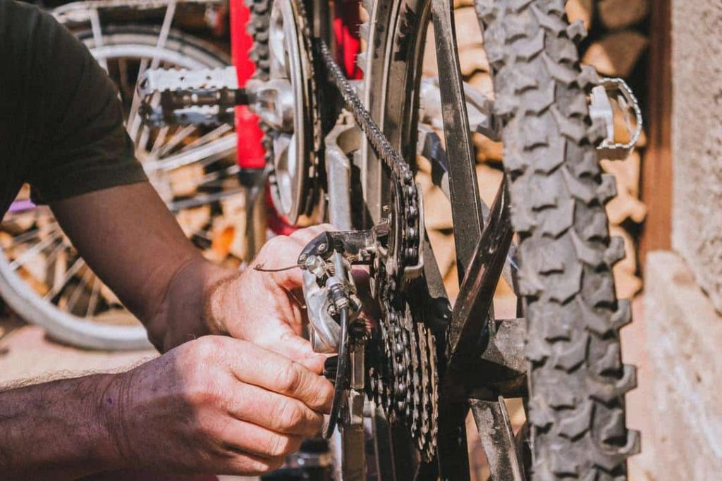 7 Steps For How To Clean A Mountain Bike 1
